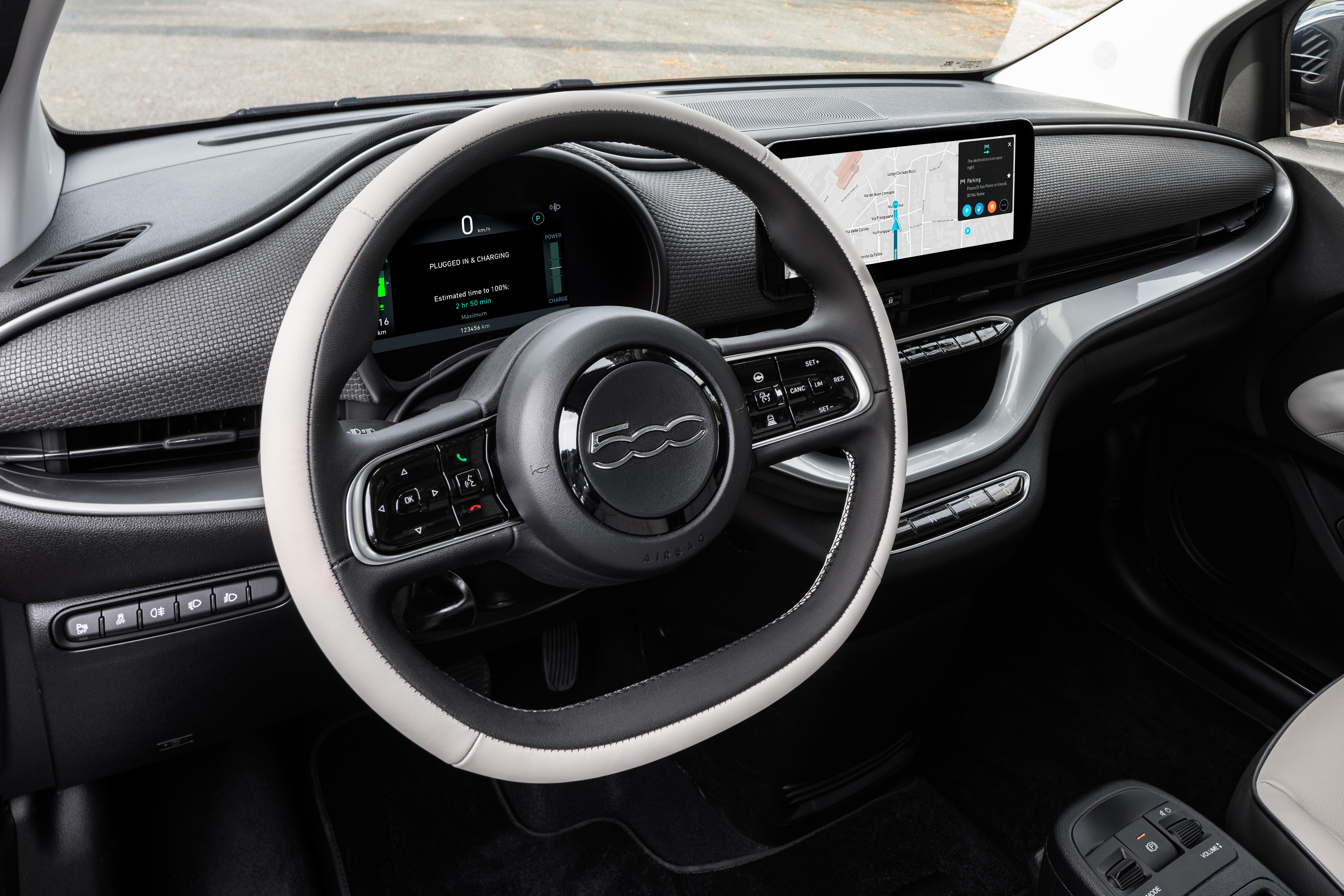 Fiat 500e (2020) 43