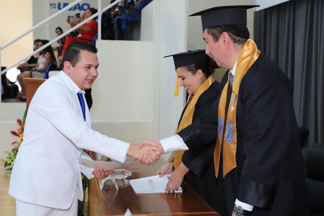 Graduacio-n-Medicina-131