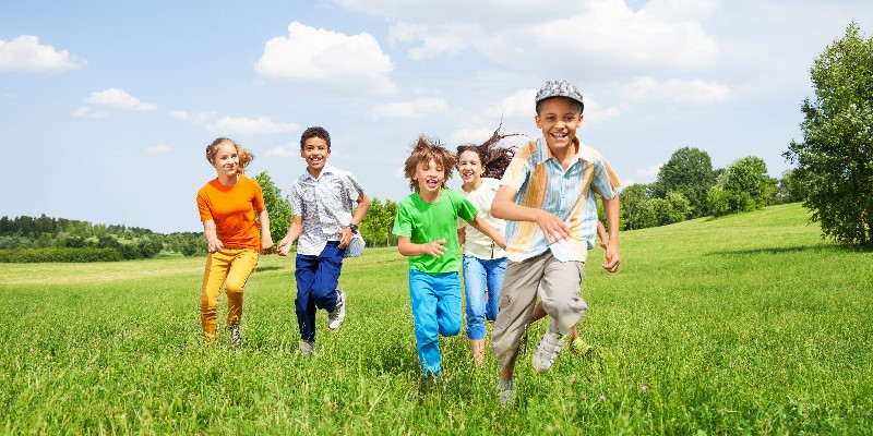 Summertime Fun- Keeping Your Kids Safe In The Summer Sun