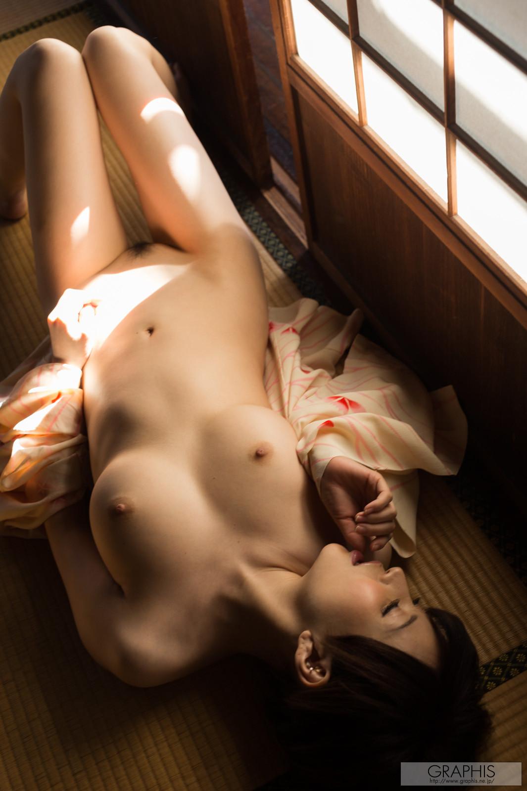 satomi-yuria-079