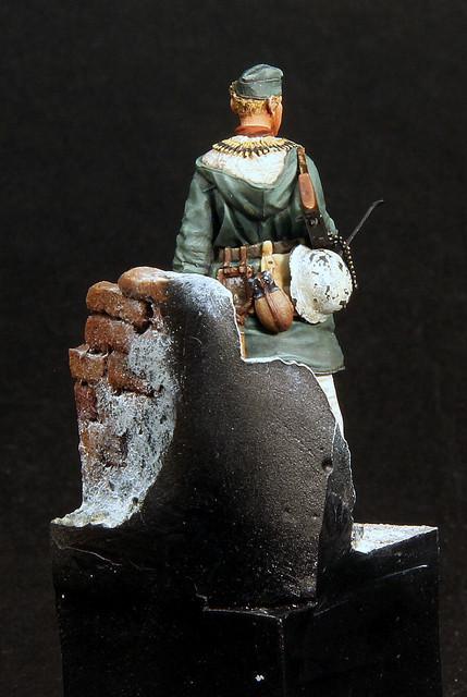 Le soldat oublié. (Fig Panzer Art 1/35) TERMINE IMG-3401
