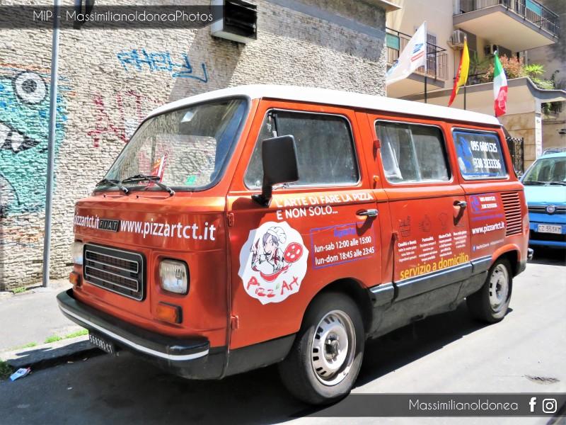 avvistamenti auto storiche - Pagina 15 Fiat-900-E-Panorama-82-CT568383-2