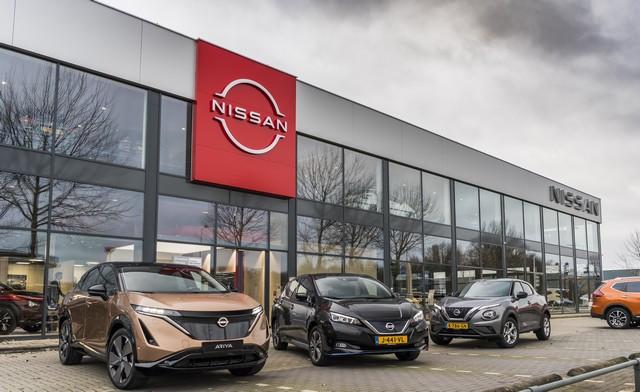 Nissan déploie son nouveau logo dans son réseau de concessionnaires européens DSC0420-source