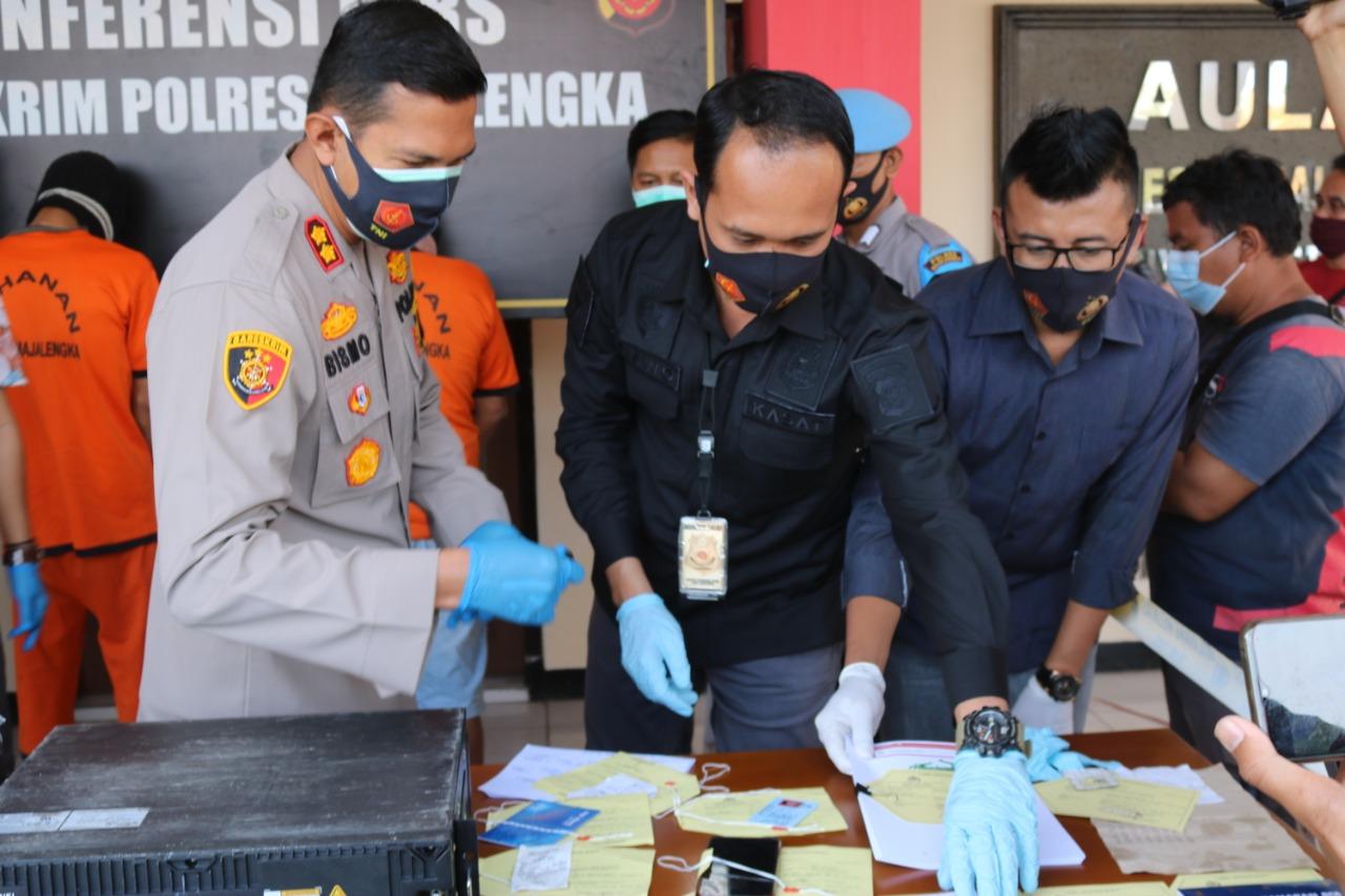 Dimasa Pandemi Sat Reskrim Polres Majalengka Ungkap Dua Pelaku Judi Togel Online